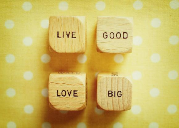 Vintage Wood Dice - Live Good Love Big - Sunshine Yellow - Polka Dots - 5x7""