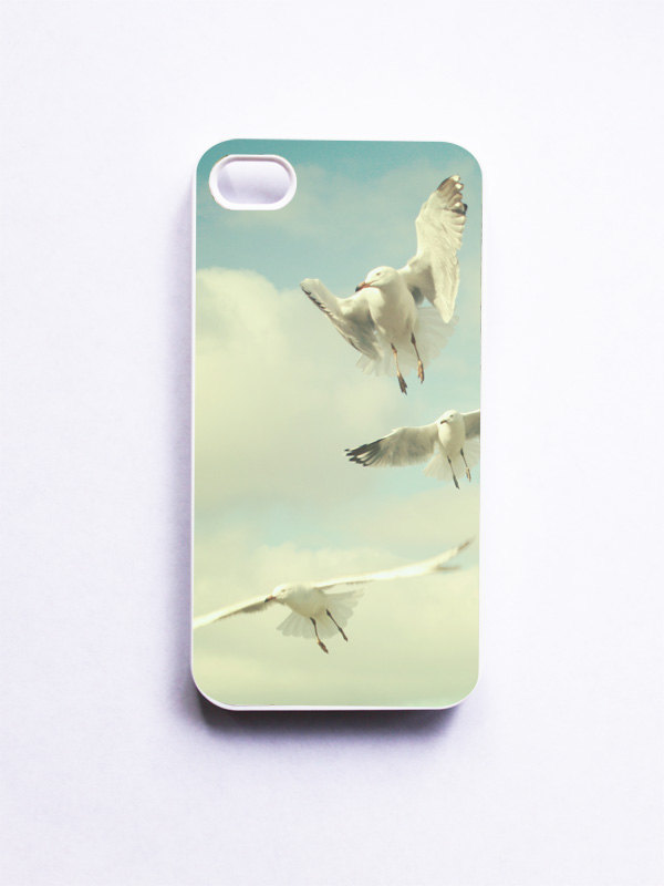iPhone Case. Seagull Photo. Spring. Birds Photo. Dreamy. White Case. iPhone 4 and 4S Accessory. Sky Blue. Gifts for Her. Geekery