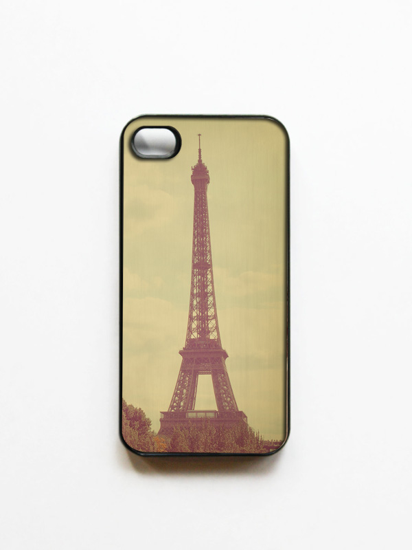 iPhone Case: Eiffel Tower Photo. Paris. Black Cover. iPhone 4S Case. Romantic Paris. Fine Art Photography.