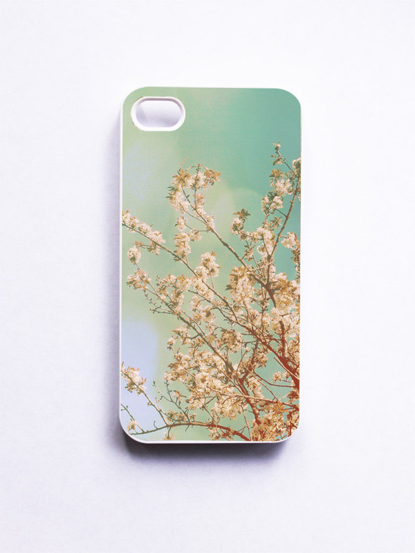 iPhone Case. Cherry Blossoms Photo. White Case. iPhone 4 and 4S Accessory. Pink Flowers. Spring Photo. Girly. Geekery.